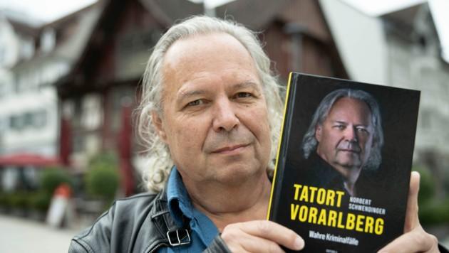 Ex-Chefermittler Norbert Schwendinger schreibt über wahre Kriminalfälle. (Bild: Maurice Shourot)