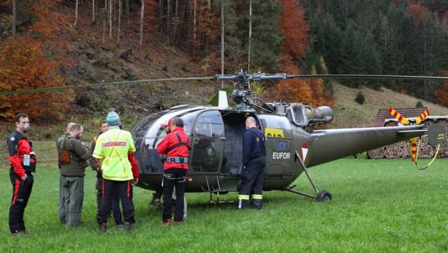 Auch Hubschrauber waren an der großen Suchaktion beteiligt (Bild: laumat.at/Matthias Lauber)