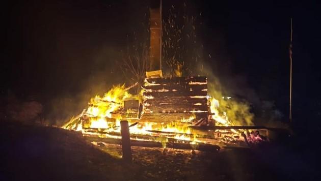Vier Feuerwehren standen im Einsatz. (Bild: FF Treffelsdorf)
