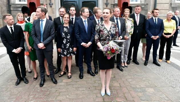 Die dänische Regierungschefin Mette Frederiksen und zwei Drittel ihrer Regierung befinden sich in Quarantäne. (Bild: AFP)
