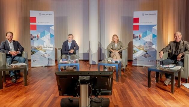 Diskussionsrunde mit Zuschauerfragen über den Bildschirm (Bild: Alexander Killer/Stadt Salzburg)
