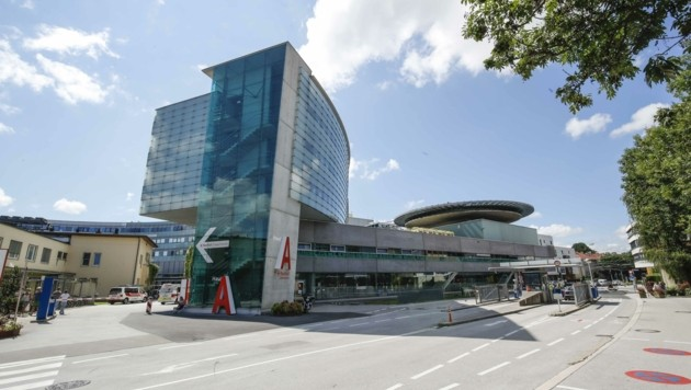 In der Chirurgie West zog jetzt ein neues Reha-Zentrum ein (Bild: MARKUS TSCHEPP)