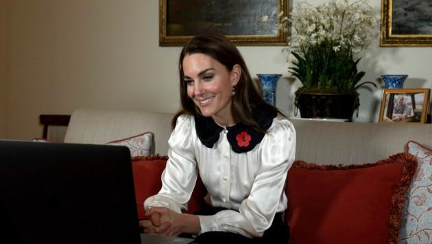 Herzogin Kate in einem Videogespräch mit Witwen britischer Soldaten. (Bild: Kensington Palace via AP)