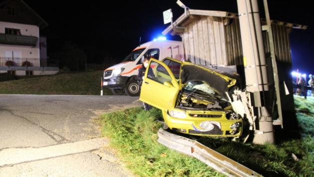 Zwei Personen wurden verletzt und mussten im Krankenhaus behandelt werden (Bild: LZ Unterdorf)