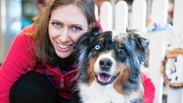 Tierliebe wird bei ihren Kunden, als auch bei Julia selbst groß geschrieben - die Mostviertlerin ist mit Tieren aufgewachsen. (Bild: Pfotenoase)