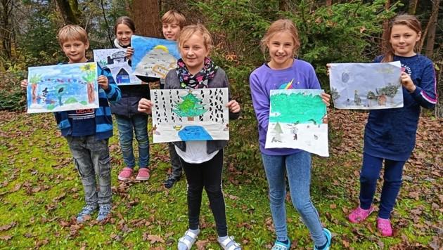 Schülerinnen und Schüler der VS Goritschach mit ihren Werken. (Bild: VS Goritschach)