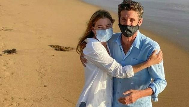 """Dr. Derek Shephard (Patrick Dempsey) ist zurück am """"Grey's Anatomy""""-Set mit Dr. Meredith Grey (Ellen Pompeo) (Bild: www.twitter.com/GreysAnatomyHD)"""
