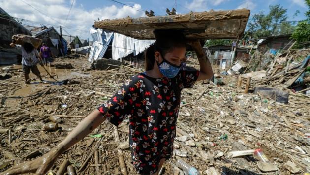 Vamco hinterließ eine massive Spur der Verwüstung auf den Philippinen. (Bild: AP/Aaron Favila)