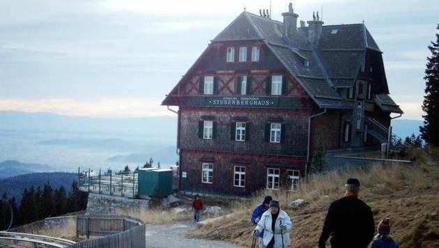 Der Schöckl, wenige Kilometer nördlich von Graz, ist ein beliebtes Ausflugsziel. (Bild: Sepp Pail)
