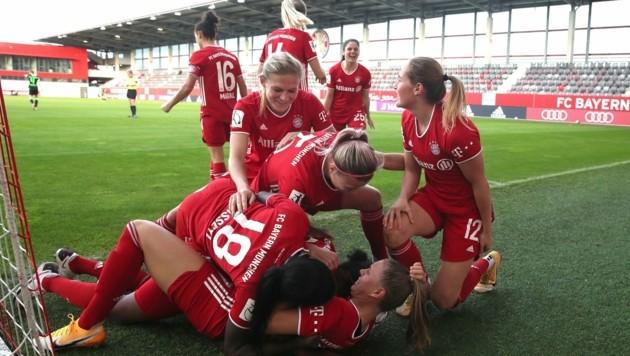 (Bild: Twitter.com/FC Bayern Frauen)