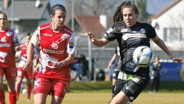 Sturms Damen (r. Jessica Frieser) überwintern auf Platz drei. (Bild: GEPA pictures)