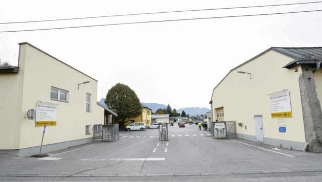 Der Recyclinghof in Maxglan steht ab Dienstag vorerst nur Gewerbekunden zur Verfügung. (Bild: Tschepp Markus)