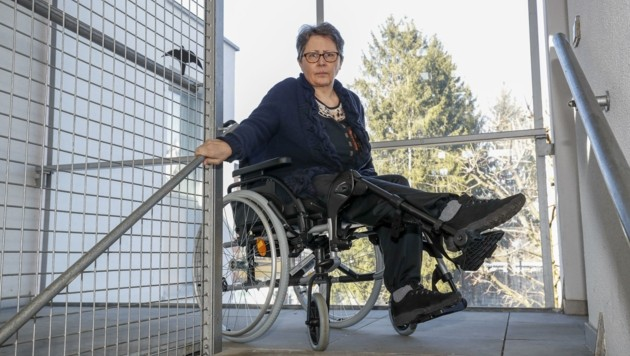 Margarethe Schmidt ist seit 13 Monaten auf den Rollstuhl angewiesen. (Bild: Tschepp Markus)