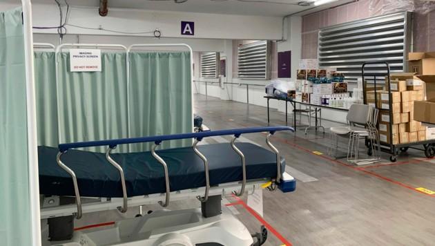 Viel Ambiente bietet dieses Krankenzimmer nicht. (Bild: AP)