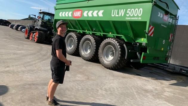 Faszination Traktor: David Pöllhuber aus Micheldorf knipst die besten Landwirtschafts-Bilder für seine etwa 18.000 Abonnenten auf Instagram. (Bild: David Pöllhuber)