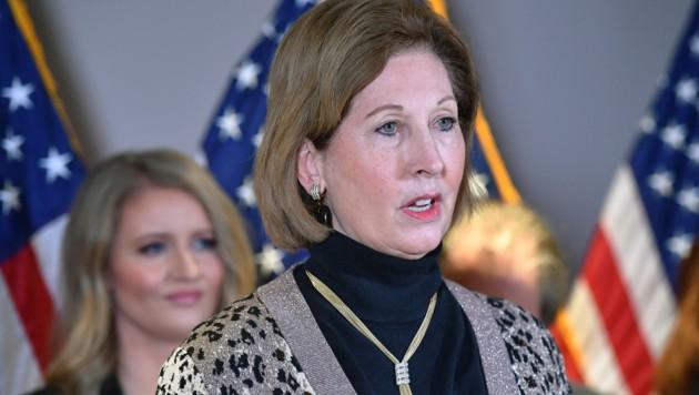 Anwältin Sidney Powell ist ihren Job im Trump-Team los.