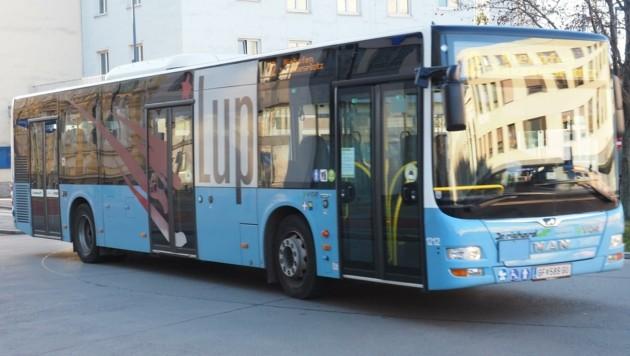 Mehr Wege für Radfahrer statt für Autos in der Stadt, aber vor allem auch einen dichteren Takt beim LUP-Bus fordern die Oppositionsparteien jetzt im Wahlkampf.