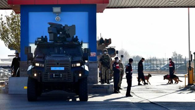 Das Gericht in der Türkei sprach Dutzende lebenslange Haftstrafen aus. (Bild: AP)