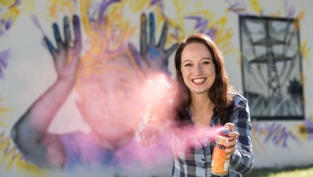 Tamara Soma Volgger arbeitet als Graffiti-Sprayerin (Bild: Franz Neumayr)