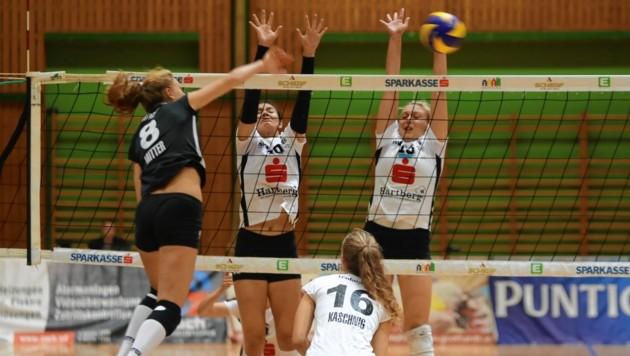 Julia Mitter (li.) klopft laut an die Tür des Volleyball-Nationalteams.