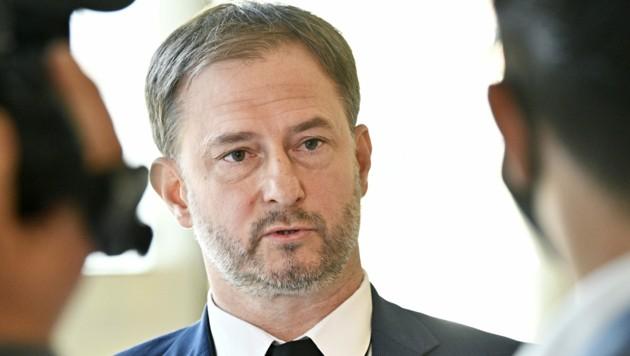 Der burgenländische SPÖ-Landesgeschäftsführer Roland Fürst (Bild: APA/HANS PUNZ)