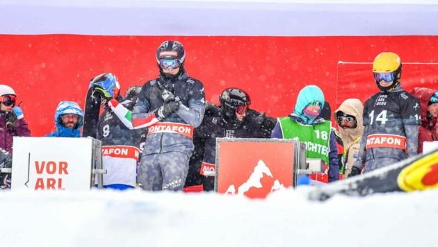 Lokalmatador Alessandro Hämmerle (li.) und Jakob Dusek freuen sich auf den Boardercross-Weltcup im Montafon im Jänner. Vielleicht nicht das einzige Rennen in dieser Saison am Hochjoch. (Bild: GEPA pictures)