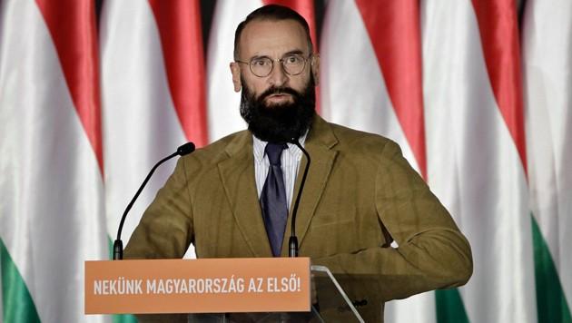 Jozsef Szajer hat der ungarischen Regierungspartei Fidesz einen unangenehmen Skandal beschert. (Bild: APA/AFP/PETER KOHALMI)