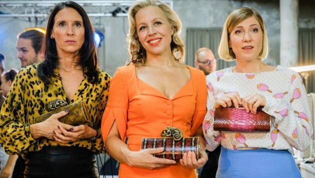 """In der fünften Staffel des ORF-1-Serienhits (ab 11. Jänner, jeweils Montag um 20.15 Uhr) erobern die """"Vorstadtweiber"""" Maria Köstlinger, Nina Proll und Ines Honsel wieder die Fernsehbildschirme. (Bild: ORF)"""