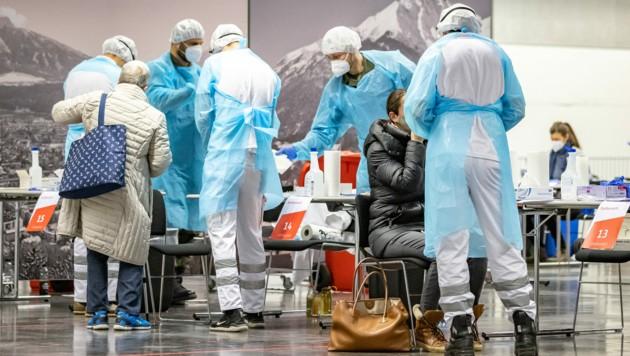 Teststation in der Messe Innsbruck (Bild: APA/EXPA/JOHANN GRODER)