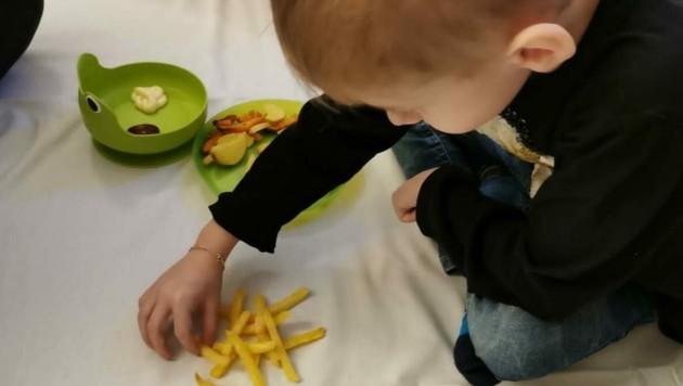 Mit Essen spielt man nicht? Bei NoTube schon. So soll der Umgang damit spielerisch erlernt werden.