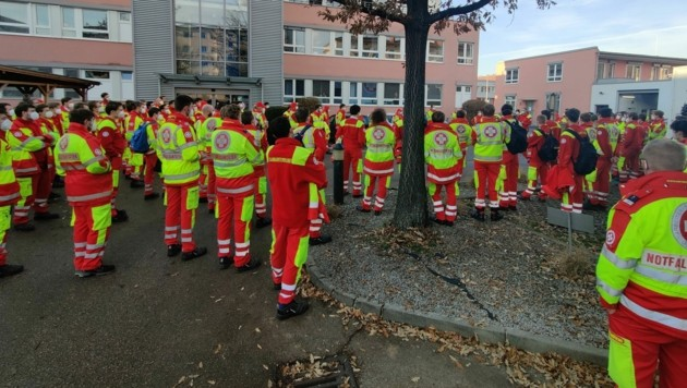 250 Mitarbeiter des Arbeitersamariterbundes standen in Einsatzbereitschaft (Bild: ZVG)