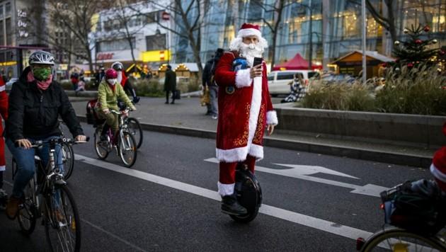 Experten erwarten bei den heurigen Weihnachtsumsätzen einen Einbruch von 10 bis 30 Prozent. (Bild: AFP )