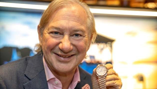 Für Norman J. Huber sind Uhren Emotionen, die er nun auch in Bregenz erlebbar macht.