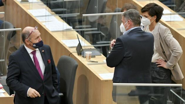 Nationalratspräsident Wolfgang Sobotka, SPÖ-Klubchefin Pamela Rendi-Wagner und Stellvertreter Jörg Leichtfried (Bild: APA/Herbert Neubauer)
