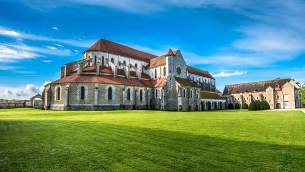 Das 1114 gegründete Pontigny im Departement Yonne im Norden Burgunds gehörte zu den vier ältesten sogenannten Primarabteien des Zisterzienserordens.