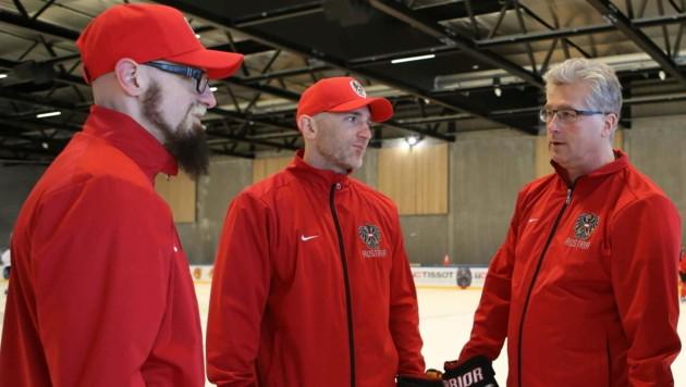 Markus Peintner, Reinhard Divis, ÖEHV-Teamchef Roger Bader (v. li.).