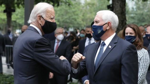 Biden und Pence lassen sich öffentlich impfen. (Bild: 2020 Getty Images)