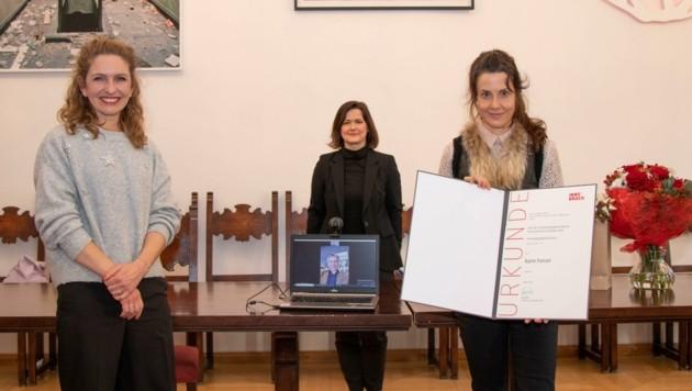 Isabelle Brandauer, Natalie Pedevilla und Karin Ferrari (v. li.). (Bild: IKM/A. Dullnigg)