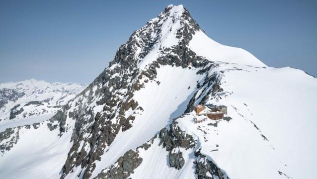 Die Erzherzog Johann Hütte, kurz Adlersruhe, ist die höchstgelegene Schutzhütte Österreichs (Bild: Berg im Bild )