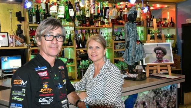 Auslandsosttiroler Herbert Eder führt mit Ehefrau Anna ein Restaurant auf Gran Canaria (Bild: Eder/Facebook)