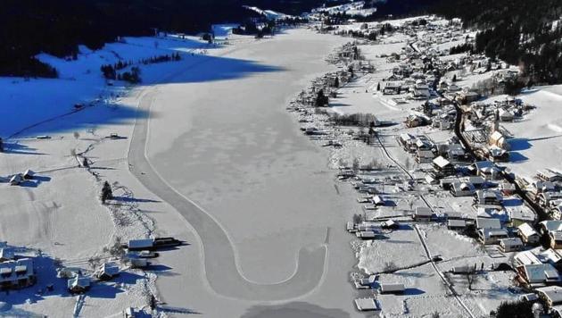 Weil Eislaufen während des Lockdowns ja erlaubt ist, rechnen die Eismeister mit einem Mega-Ansturm auf den Weißensee. Es gibt daher mehr Parkplätze und breitere Bahnen. (Bild: Norbert Jank)