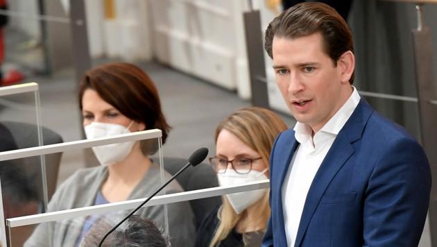 Bundeskanzler Sebastian Kurz verteidigte den dritten Lockdown gegen massive Kritik der FPÖ. (Bild: APA/ROLAND SCHLAGER)