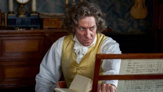 Ludwig van Beethoven (Tobias Moretti) steckt in einer Schaffenskrise. (Bild: ORF)