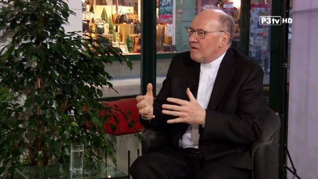 Bischof Schwarz im P3TV-Studio (Bild: P3tv)