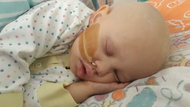Als Folge der Chemo-Therapien verlor Eleonora ihre Haare (Bild: zVg)
