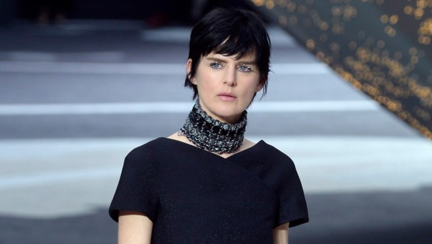 Stella Tennant galt in den 90er-Jahren als Muse von Karl Lagerfeld. (Bild: CHRISTOPHE KARABA / EPA / picturedesk.com)
