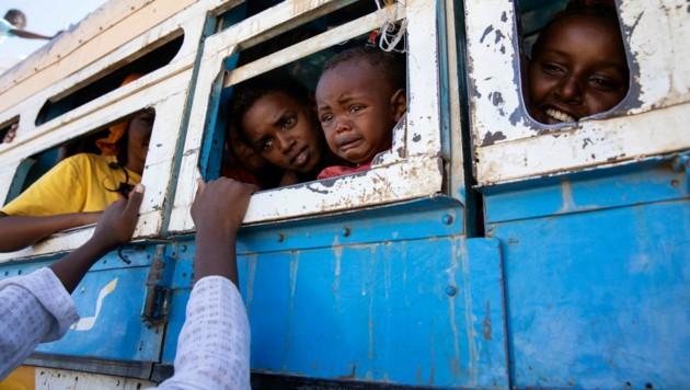 Viele Menschen in Äthiopien fliehen aus den Unruheregionen in den benachbarten Sudan.