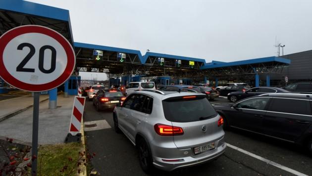 Bei der Einreise nach Slowenien gilt ein negativer PCR-Test künftig nur noch 24 Stunden statt wie bisher 48 Stunden.