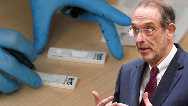 """Bildungsminister Heinz Faßmann: """"Zu viel Auf und Zu"""" (Bild: APA (2))"""