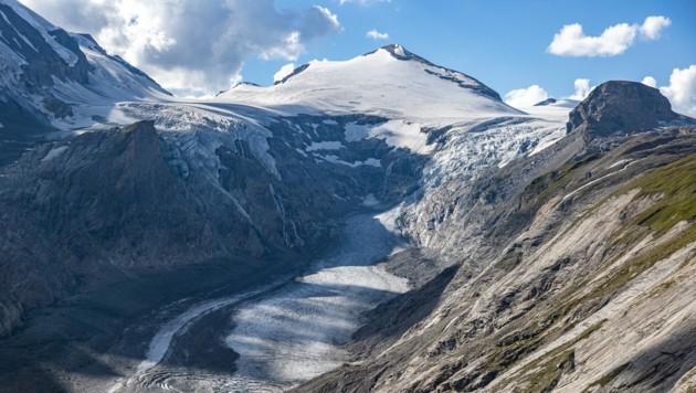 Die Pasterze am Fuße des Großglockners mit dem Gletschersee